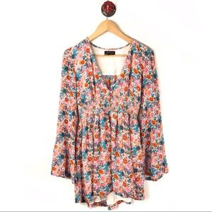 Urban Outfitters M top boho floral pleated low cut